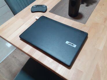 Acer z110 - Srbija: Odlican acer laptop sa dobrom baterijom,uz laptop se dobija i punjac