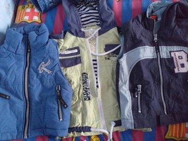 Dečije jakne i kaputi | Velika Plana: Jaknica i dva prsluka vel 18 meseci
