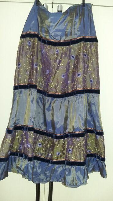 Prelepa suknja Mona, nosena dva puta, nemam sa cime da je uklopim, a