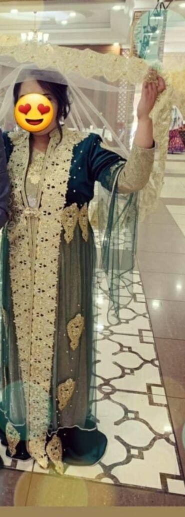 нарядные вечерние платья в Кыргызстан: Продаю платье нарядное в комплекте (платьенакидкафата)одето было
