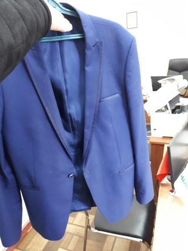 14 объявлений: Продаю мужской костьюм 8 роста 56 размер. рост 175 -185. сам купил