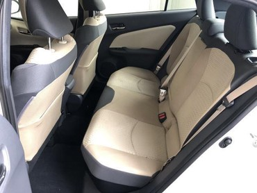 Bakı şəhərində Toyota Prius 2016- şəkil 6