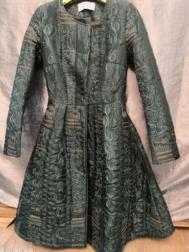 Продам очень красивое итальянское платье с карманами размер стал мне