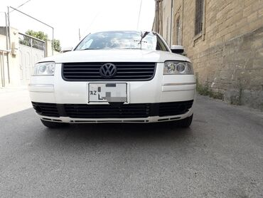 - Azərbaycan: Volkswagen Passat 1.8 l. 2002 | 284000 km