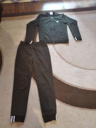 Ателье по пошиву мужских костюмов - Кыргызстан: Продам спортивный костюм в отличном состоянии, качество отличный