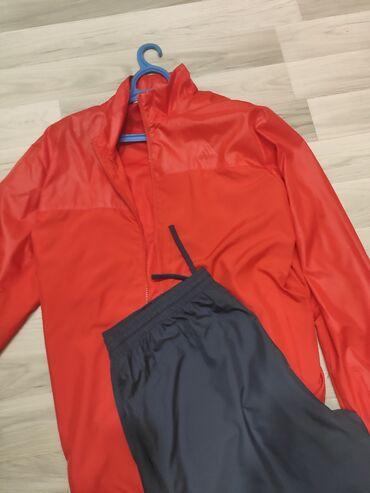 11076 объявлений: Шикарный костюм Adidas оригинал. Одевался всего 1 раз. Ростовка 8