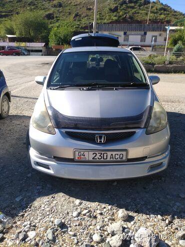 Honda Fit 1.3 л. 2004   121500 км