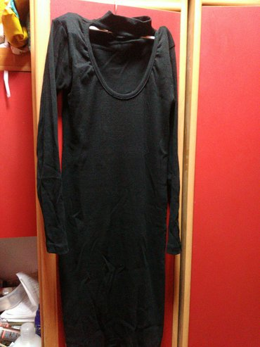 """Popularan model, crna haljina sa """"choker"""" dekolteom, nova, izguzvana u - Obrenovac"""