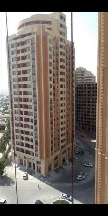 аренда помещений под магазин одежды в Азербайджан: Продается квартира: 3 комнаты, 113 кв. м