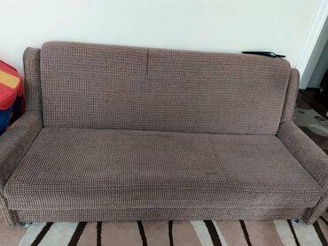 Продам раскладной диван и два кресла. отличного качества. нужна