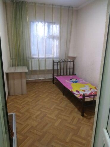 снять частный дом долгосрочно в Кыргызстан: Срочно сдаю комнату в жилом двух этажном доме. Со всеми