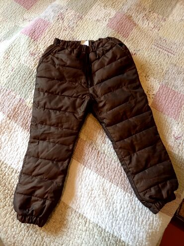 Зимние брюки на мальчика 2-3 лет в отличном состоянии качественные