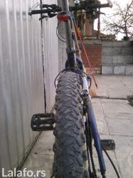 Prodajem izuzetno dobru i izdrzljivu biciklu,kako za asvalt tako i za - Kragujevac