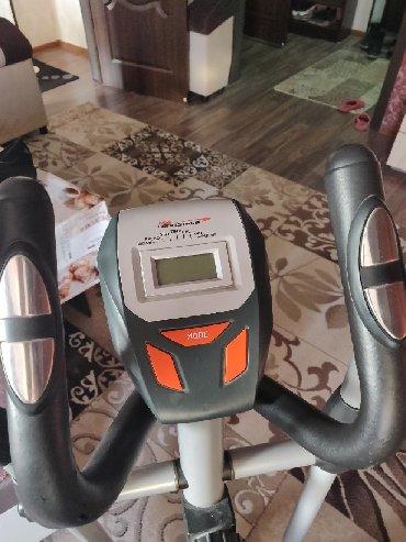 детские 3 колесные велосипеды в Кыргызстан: Продаю беговой велосипед почти не пользовались как новая