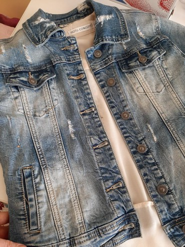 джинсова курточка в Кыргызстан: Джинсовая курточка в идиальном состоянии