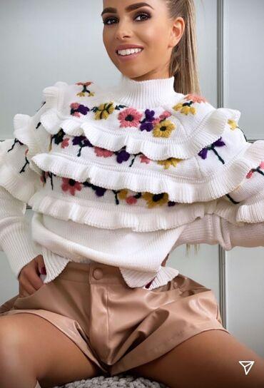 Divan džemper UVOZ Pariz Vel S M Novo
