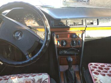 Mercedes-Benz E 230 2.3 л. 1991