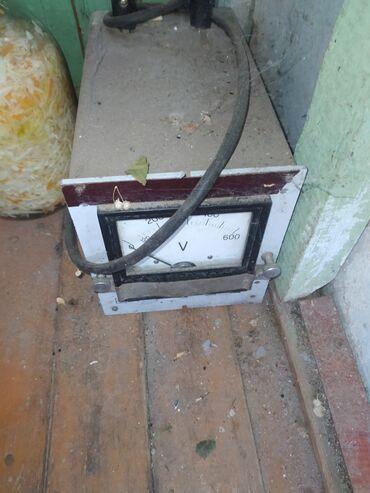 Ремонт и строительство - Кемин: Стабилизатор напряжения. Переключает на 40 вольт в плюс и минус . На