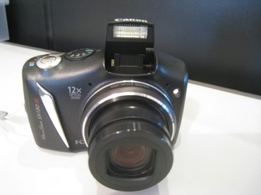 Canon PowerShot SX130IS б/у 12 Мп , 12 зум , в в Bakı