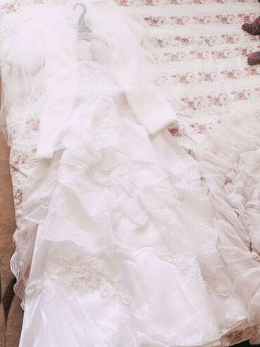 купить спринтер в россии в Кыргызстан: Продам свадебные платья очень красивые купили в России одевала один
