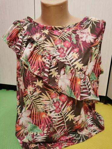 Majica velicina m - Srbija: Cvetna majica, nikad nosena, L-XL velicina