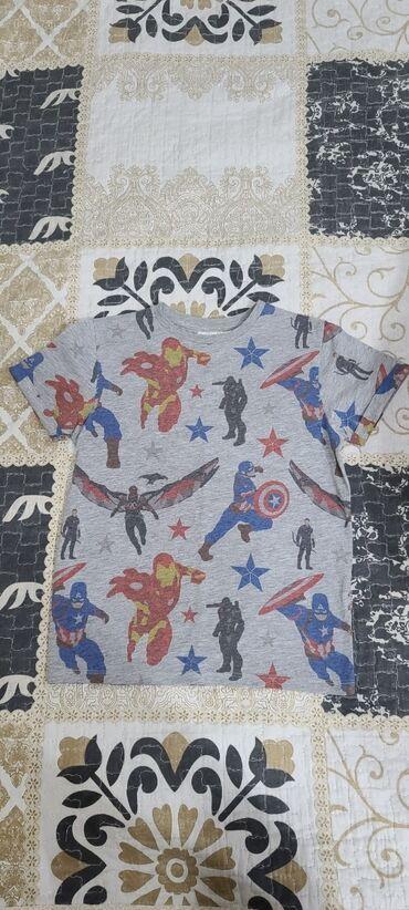 Продаётся футболка на мальчика б/у в отличном состоянии,цвет