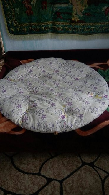 Другие товары для детей в Беловодское: Тёплый матрасик на пол для детей большой