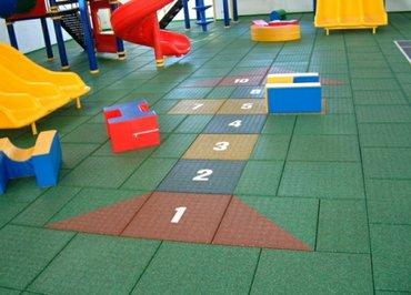 Детские площадки под ключ. травмобезопасные покрытия. резиновые