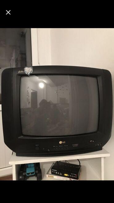 Телевизор очень хорошо работает