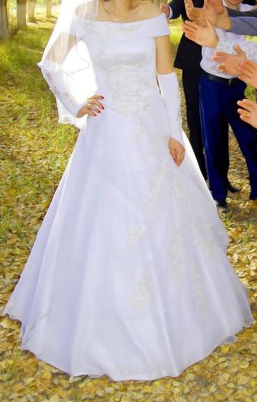 Срочно продам свадебное платье, одевала только один раз. Без рукавника в Бишкек