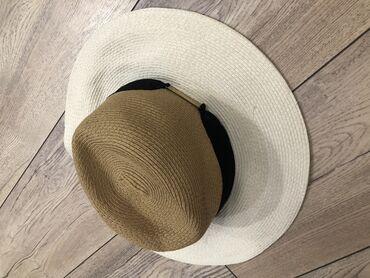 Шляпа Accessories в идеальном состоянии, с мягкими полями