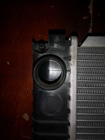 Bmw 36 radiatoru