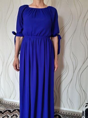вечернее платье в пол синего цвета в Кыргызстан: Продаю платье в пол электросинего цвета.Было одета 1 раз на