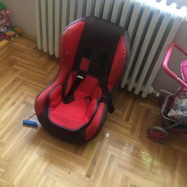 Auto sediste za decu - Srbija: Prodajem sediste za decu od 0-18 kg. Cena 2000din. Korisceno