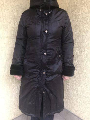 Пальто зимнее, теплое. Размер xl (48-50)  Черное, с капюшоном