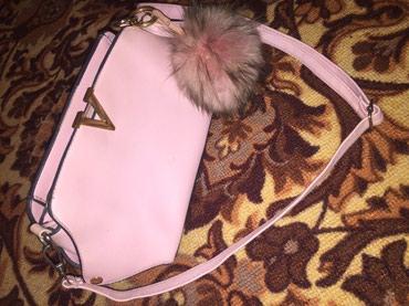 Розовая сумка 500сом. Есть уступка) в Бишкек