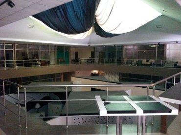 Bakı şəhərində Под  Отель Банк торговый центр клинику учебное заведение  3500 кв