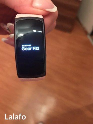 Samsung gear fit 2 full sa rezervnom narukvicom