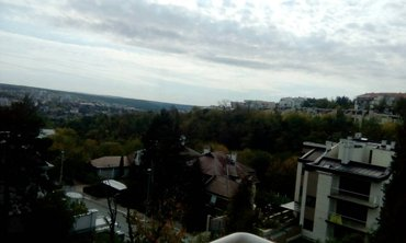 Izdavanje Dedinje, stan u vili, pored Rumunske Ambasade, 65m2, 2.5, - Beograd - slika 3