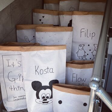 Dzak - Srbija: Hit!!!Rucno oslikani papirni dzakovi za igracke. Trenutno su hit kod n