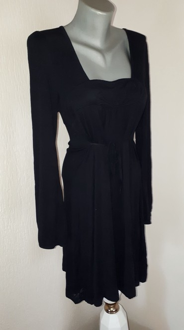 Crna haljinica L/XL  - Kraljevo