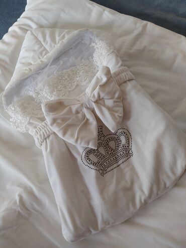 Конверт + одеяло носочки в подарок все новое
