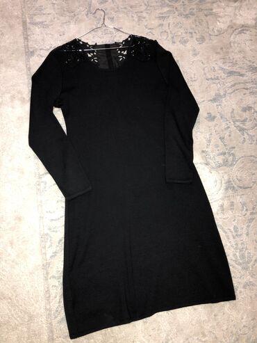 Платье трикотаж,длинна чуть ниже колен. Размер Л -44,производство