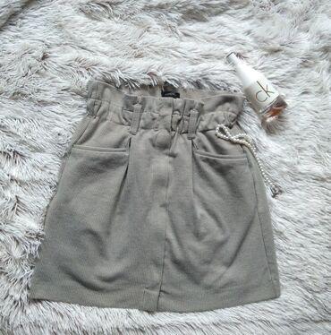 Mango Suit bez suknja, deblji materijal, odlican model. S/M. Struk