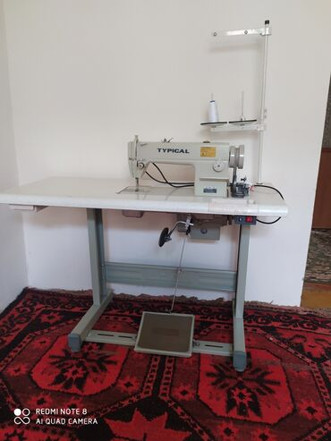 juki швейная машина цена в Кыргызстан: Продаю швейные машинкиТупикал с безшумными моторами 12500В отличном
