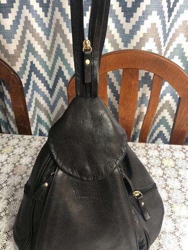 1161 объявлений | СУМКИ: Кожаная сумка, сделана в Италии.в хорошем состоянии.очень удобная и пр