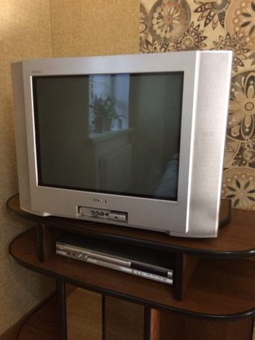 Продаю телевизор Sony Trinitron + DVD-плеер. Без пультов в Бишкек