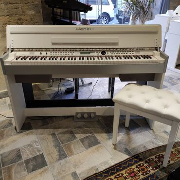 aro 24 2 1 td - Azərbaycan: Elektro pianoMedeli CDP 5200
