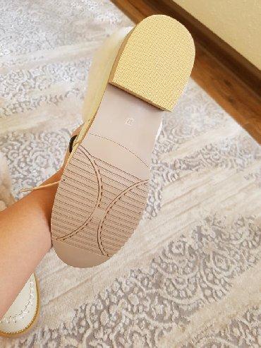 Другая женская обувь в Кыргызстан: Продаю зимнюю обувь! Натуралка, мех овчина. Размер 37. Покупала за