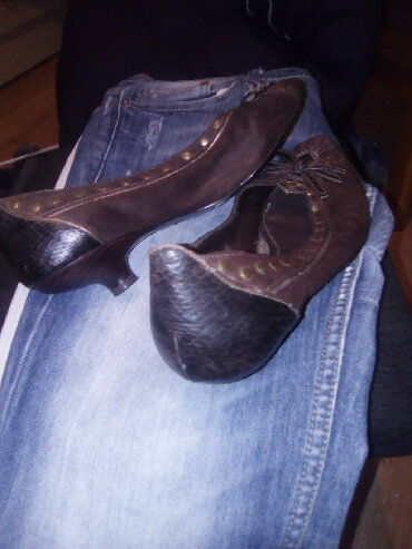 Ženska obuća   Varvarin: Cipele 39